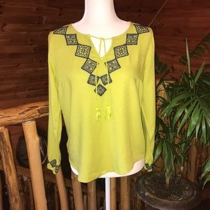 Women's Crown & Ivy Lime Green Blouse Size S